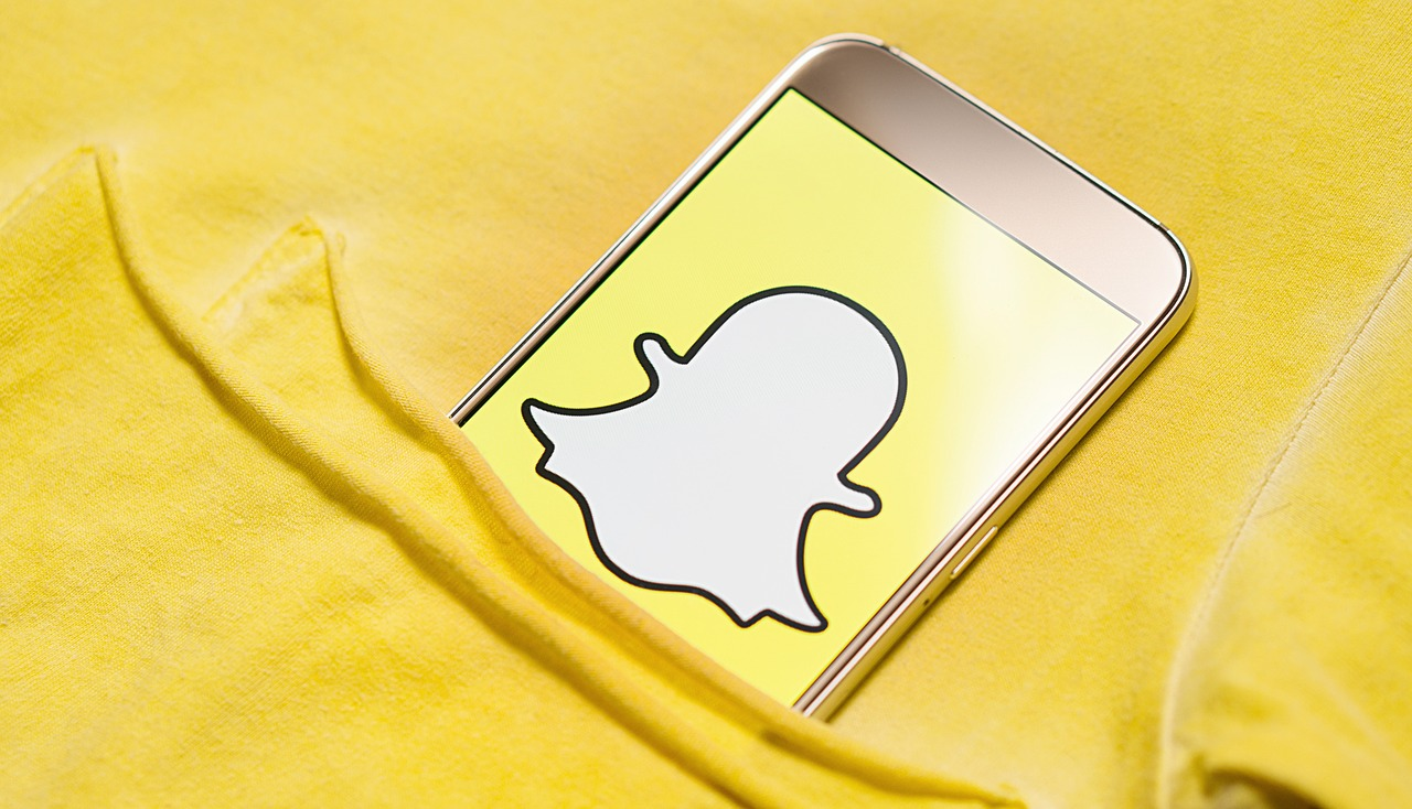 Snapchat Updates Features as Stocks Plummet